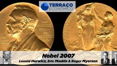 Photo of Nobel 2007: Leonid Hurwicz, Eric Maskin e Roger Myerson   por Maurício S. Bugarin