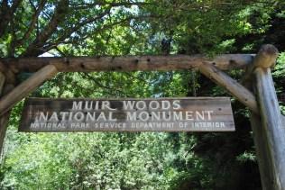 Insegna di Muir Woods