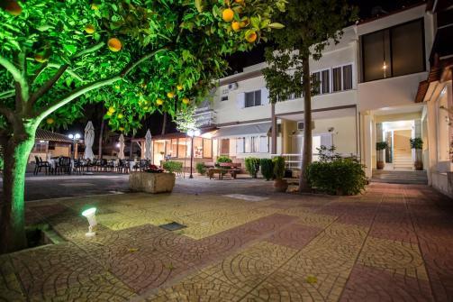 Vasilios Marinos Rooms (Foto da Booking)