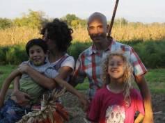 Nadia, Massimo, Emma e Elia