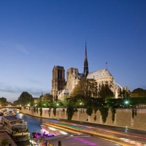 France, Paris, Ile de la Cite, Notre-Dame at night