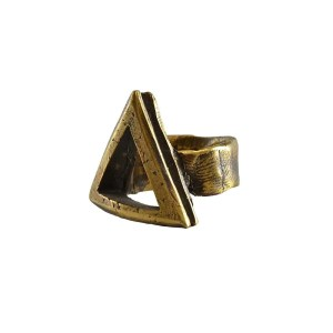 Triangle Bronce Ring