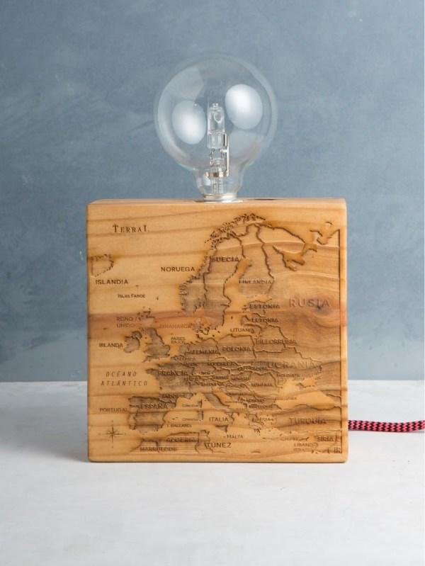 Woodlamp mapamundi 3