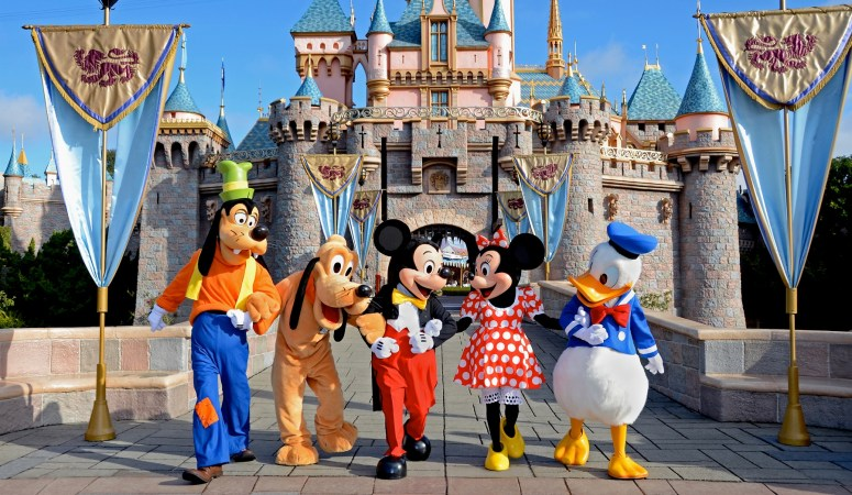 The Best & Worst Times to go to a Disney Theme Park