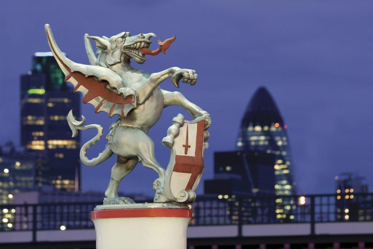 terrapapers.comcity-of-london-dragon-and-gherkin (1)