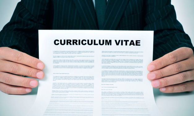 Dieci cose da aggiungere al tuo curriculum e dieci da rimuovere immediatamente