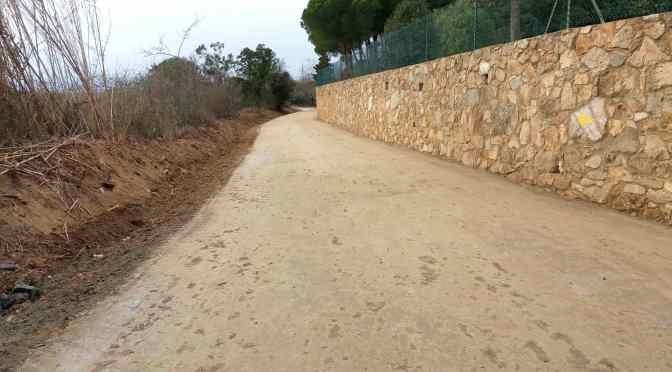 Reparació i millora del camí vell de Pau a Palau i Vilajuiga, amb paviment de terra estabilitzada TERRA SOLIDA.
