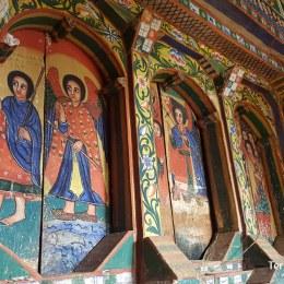 Emocionar-se amb les pintures d'Esglésies del llac Tana