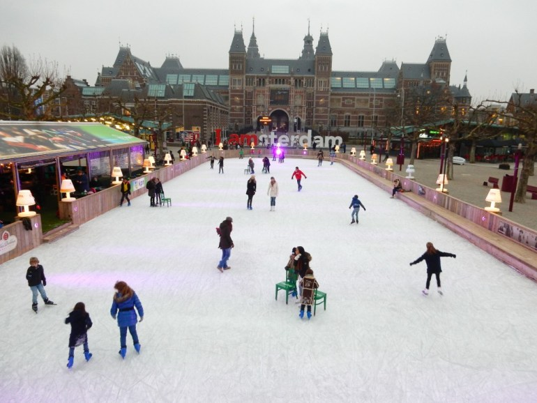 Museumplein Ice Skating, Amsterdam