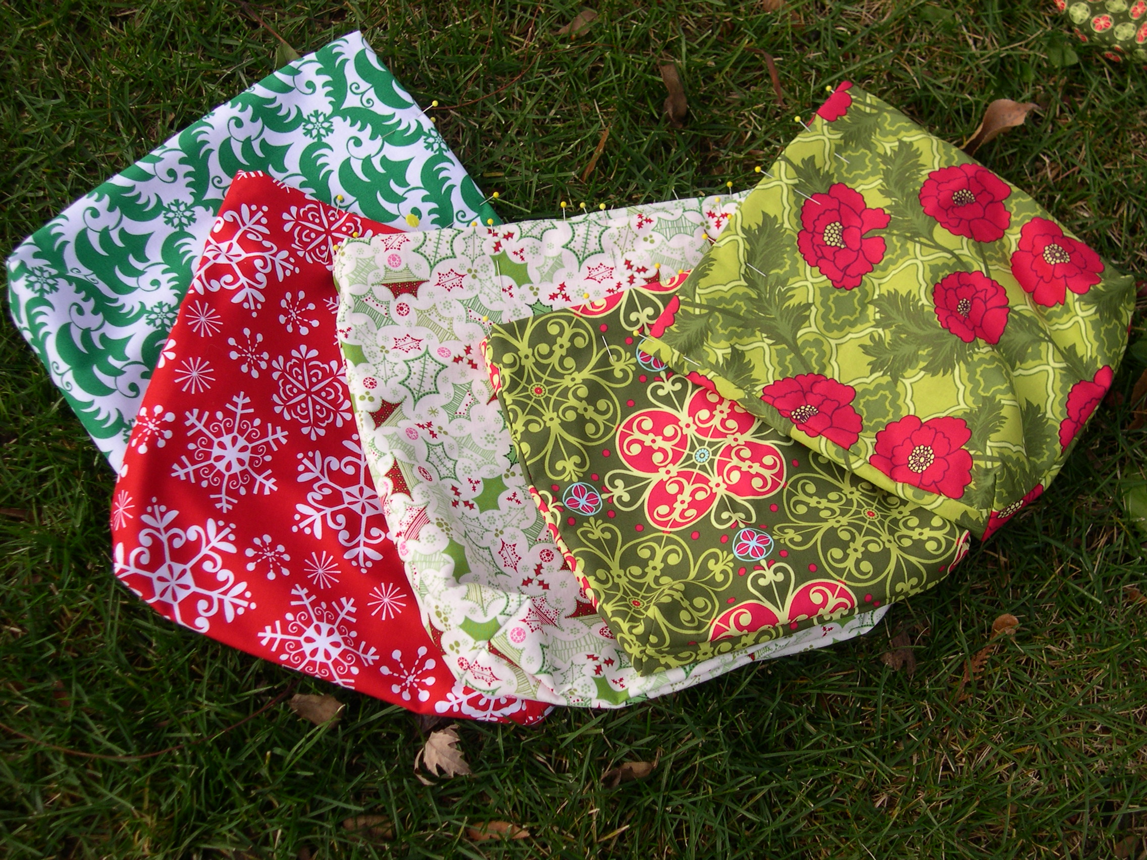 christmas drawstring bags-in progress
