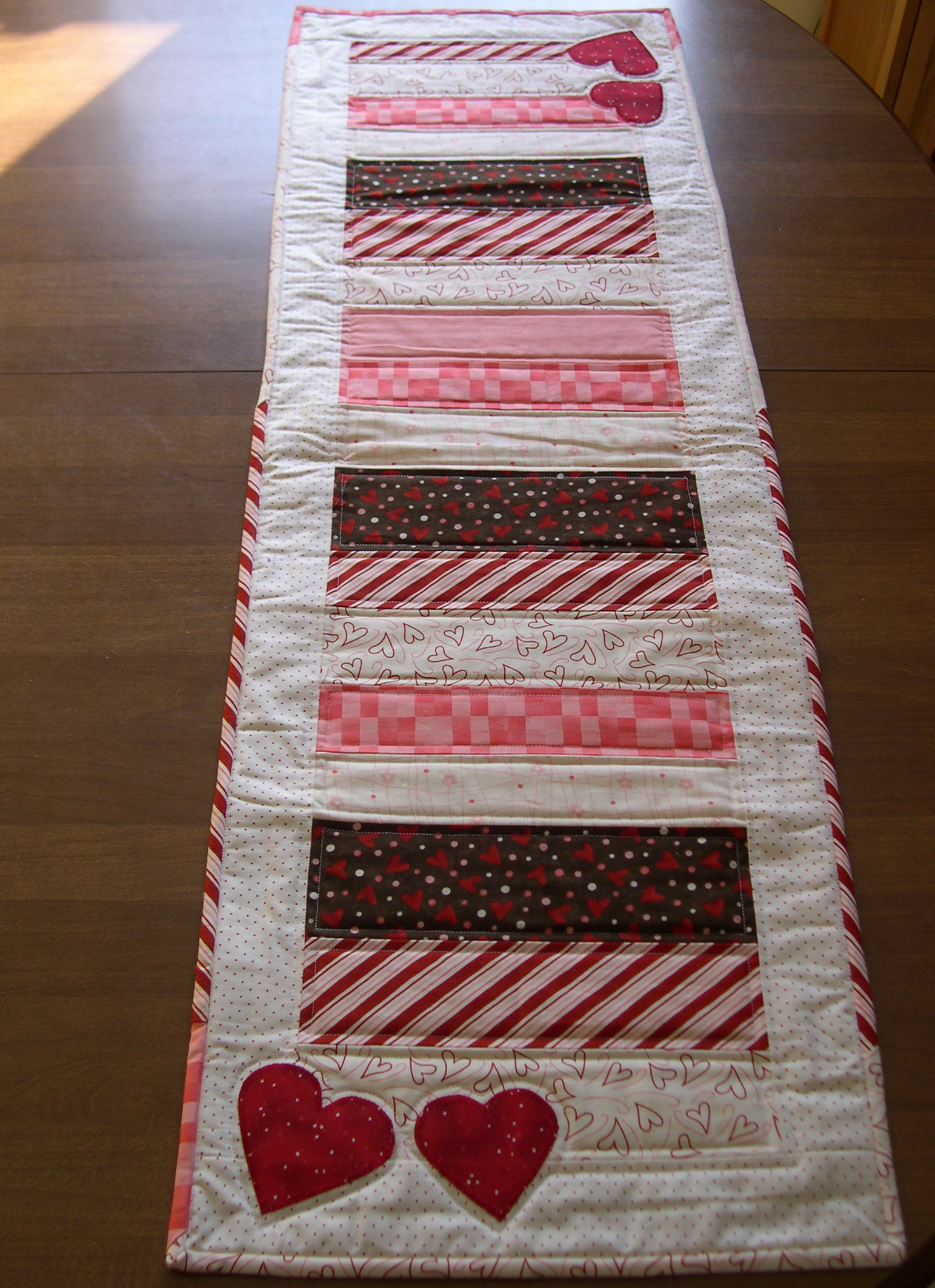 Valentines Day Table Runner Terris Notebook