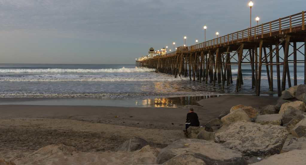 Morning at the Oceanside Pier