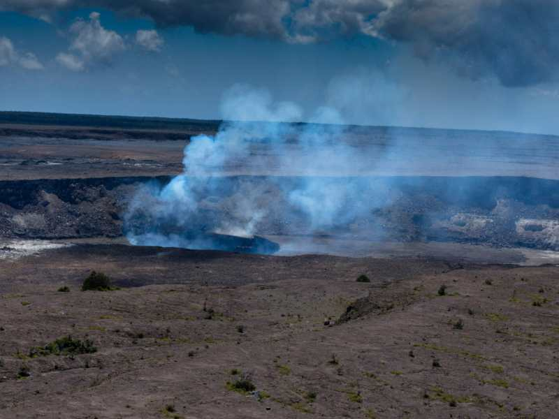 View from Crater Rim Drive at Volcanos National Park
