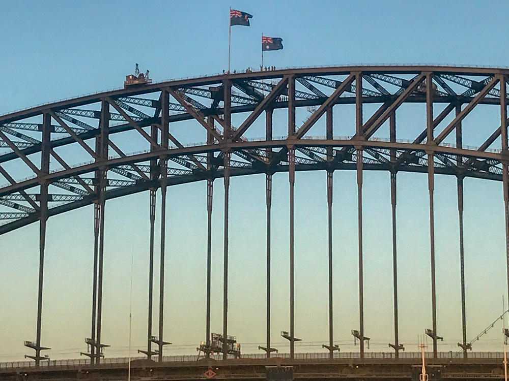 People watching us approach the Harbor Bridge