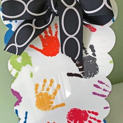 Desktop Magnetic Board with Hands