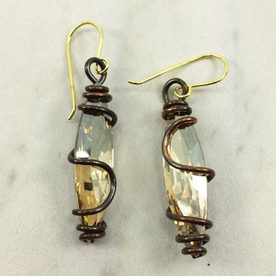 Sphinx Earring - Bronze with Champagne Stone
