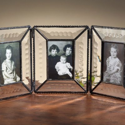 2x3 Triple Hinged Beveled Glass Frame