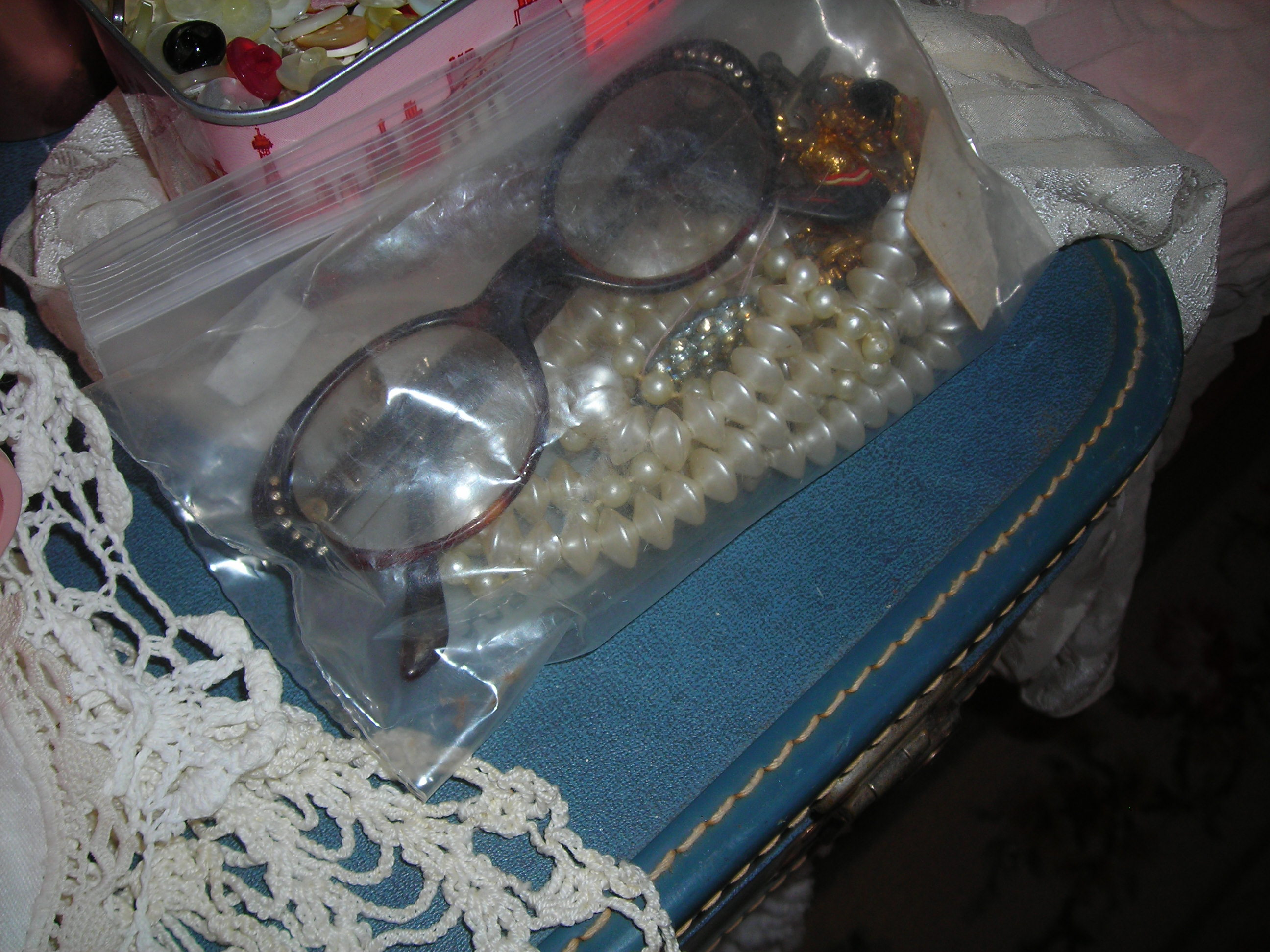 to DIE for vintage eyeglasses bagged up with some bling