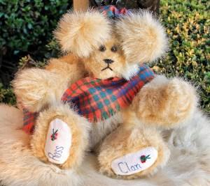 Ross Clan Bear (640x571)