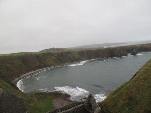 castle view of ocean North Sea (640x480)