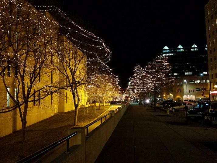 christmas-tree-lights-downtown-omaha-900