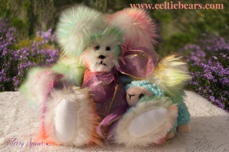 Sherbert bear with baby lamb 1000 119
