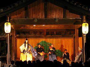 能は日本の伝統芸能、一度は見ておきたい!