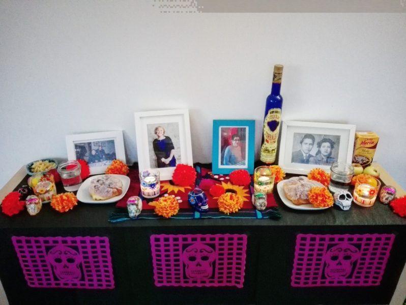 altares-de-muertos-en-los-hogares-de-la-red-alma-monroy