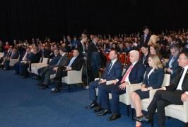 """""""Rruga e Mëndafshit"""": Kina u hap rrugë 3 miliard eurove në Ballkan, zv.kryeministrja Mesi në samitin me 16 krerë shtetesh"""