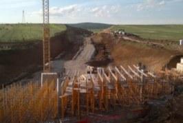 """Mosdhënia e pagave në kohë, """"Bechtel Enka"""" i kërkon qeverisë së Kosovës 63 milion euro pagesë dëmi"""