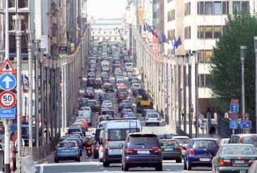 Kujdes nga 1 janari nëse udhëtoni me makinë në vendet e BE: Ja rregullat e reja