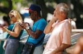 """Kubanezët """"prekin"""" lumturinë: një ditë internet falas nga qeveria"""