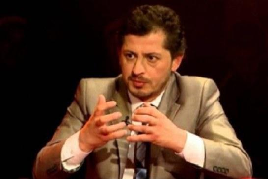 Nga Ermir HOXHA: Të gënjesh si derri dhe ta jetosh politikën si llucë