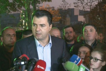 """Basha me protestuesit te """"Astiri"""": zgjidhja ndaj jush, me vendimet e qeverisë """"Berisha"""""""