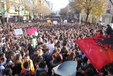Studentët protestues, jo ftesës kryeministrore me shprehje alla Rama