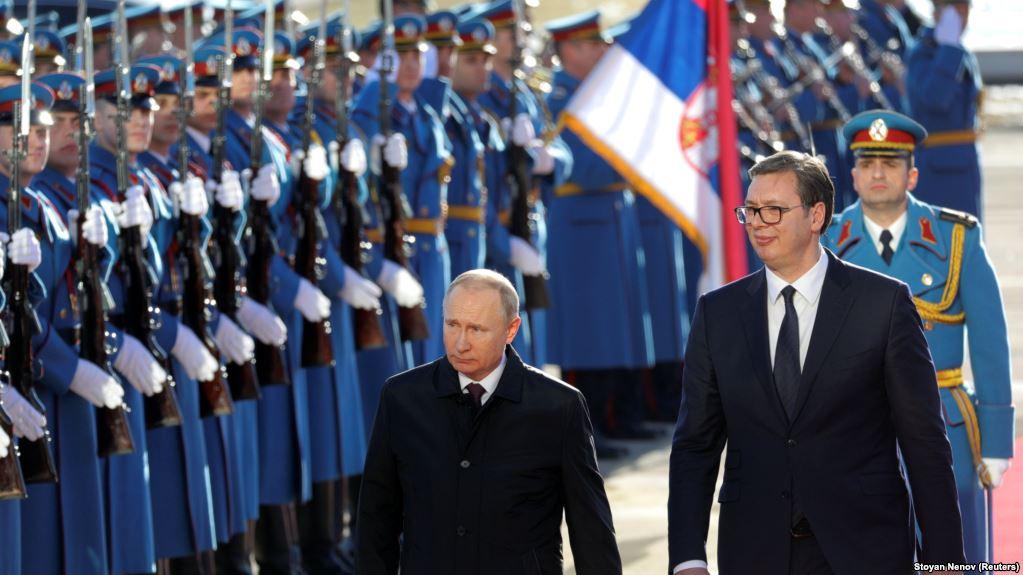 VIZITA  Serbia në delir  mirëpret Putinin   engjëllin  e saj mbrojtës