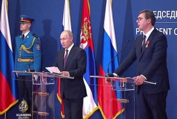 Putin në Beograd: Moska, e shqetësuar për taksën e Kosovës ndaj Serbisë