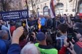 Sheshelj djeg flamujt e BE-së dhe NATO-s: kurrë nuk do të bashkohemi me këto organizata