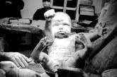 FOTO/ Fëmija vjen në jetë si supermen