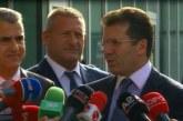 """Aleatët e PD-së, """"zbutje"""" pas takimit me njeriun e Brukselit: të gatshëm për t'u ulur në tryezë"""