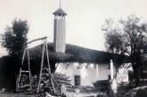 Publikimi/ Një minare e rrallë në Tiranë: prej duri dhe e dalë nga çatia