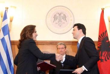 AKUZAT/ Pikëpyetja e madhe: pse Basha s'e ka mbrojtur kurrë firmosjen e marrëveshjes detare me Greqinë?