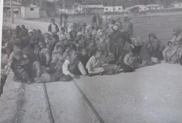DËSHMI/ Fotot e rralla: shtator 1944, çamët e masakruar mbërrijnë në Vlorë