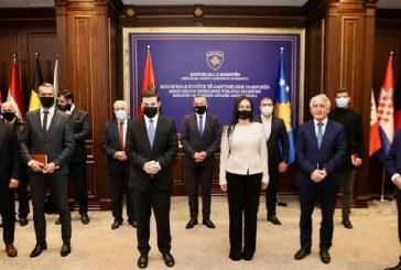 Nis nga Struga, Shqipëria e Kosova: një komb, një konsullatë!