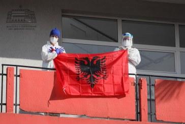 LAJMI/ Tjetër fitore COVID në Shqipëri: drejt daljes nga tuneli?