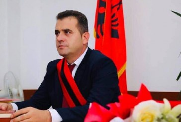 """Një sherr në të kaluarën e kryebashkiakut të Mallakastrës, PD e përjeton si """"lajm të mirë"""""""