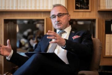 MESAZHI/ Njeriu që zemëroi Beogradin: thirrje 5-shes së BE-së që s'e kanë njohur Kosovën