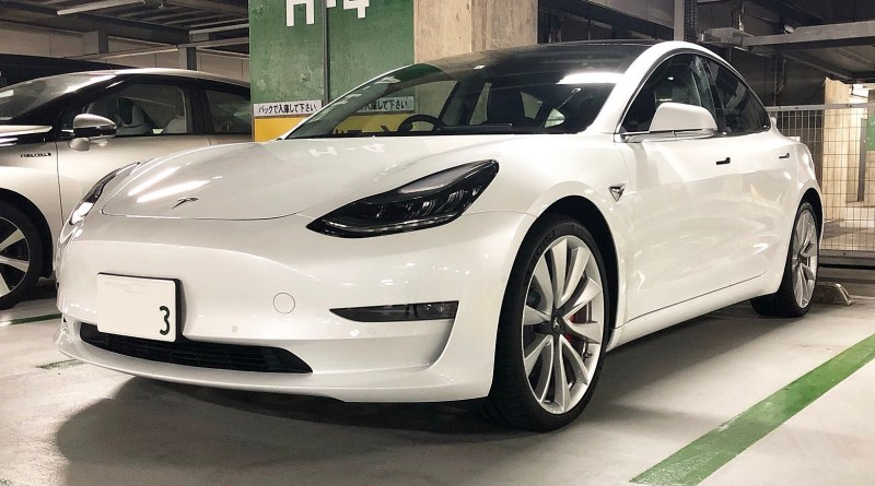 Tesla Hardware 3 je na úplně jiné úrovni narozdíl od jiných automobilek