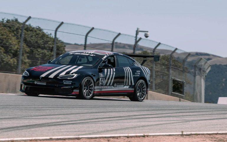 Tesla Model S Plaid устанавливает новый рекорд круга на Laguna Seca, приближаясь к McLaren Senna