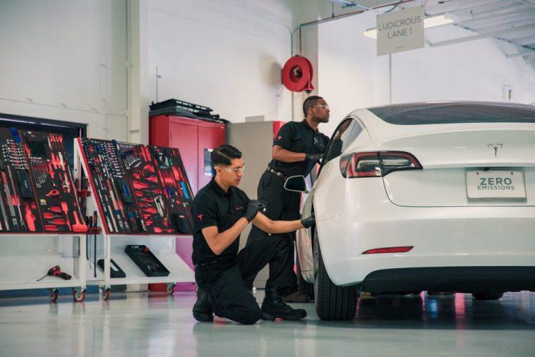 Tesla обеспечивает тяжелую победу для владельцев в CT, но борьба за продажи продолжается